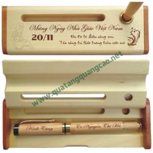 Bút gỗ khắc tên chữ hình 7