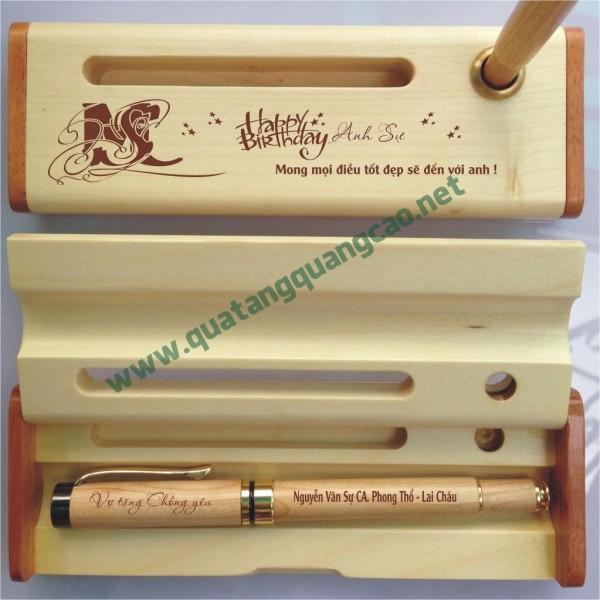 Bút gỗ khắc tên chữ hình 11